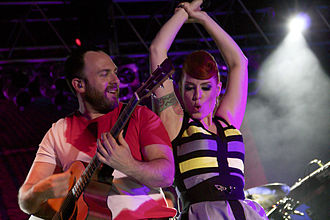 330px-Babydaddy_&_Ana_Matronic_of_the_Scissor_Sisters,_2012.
